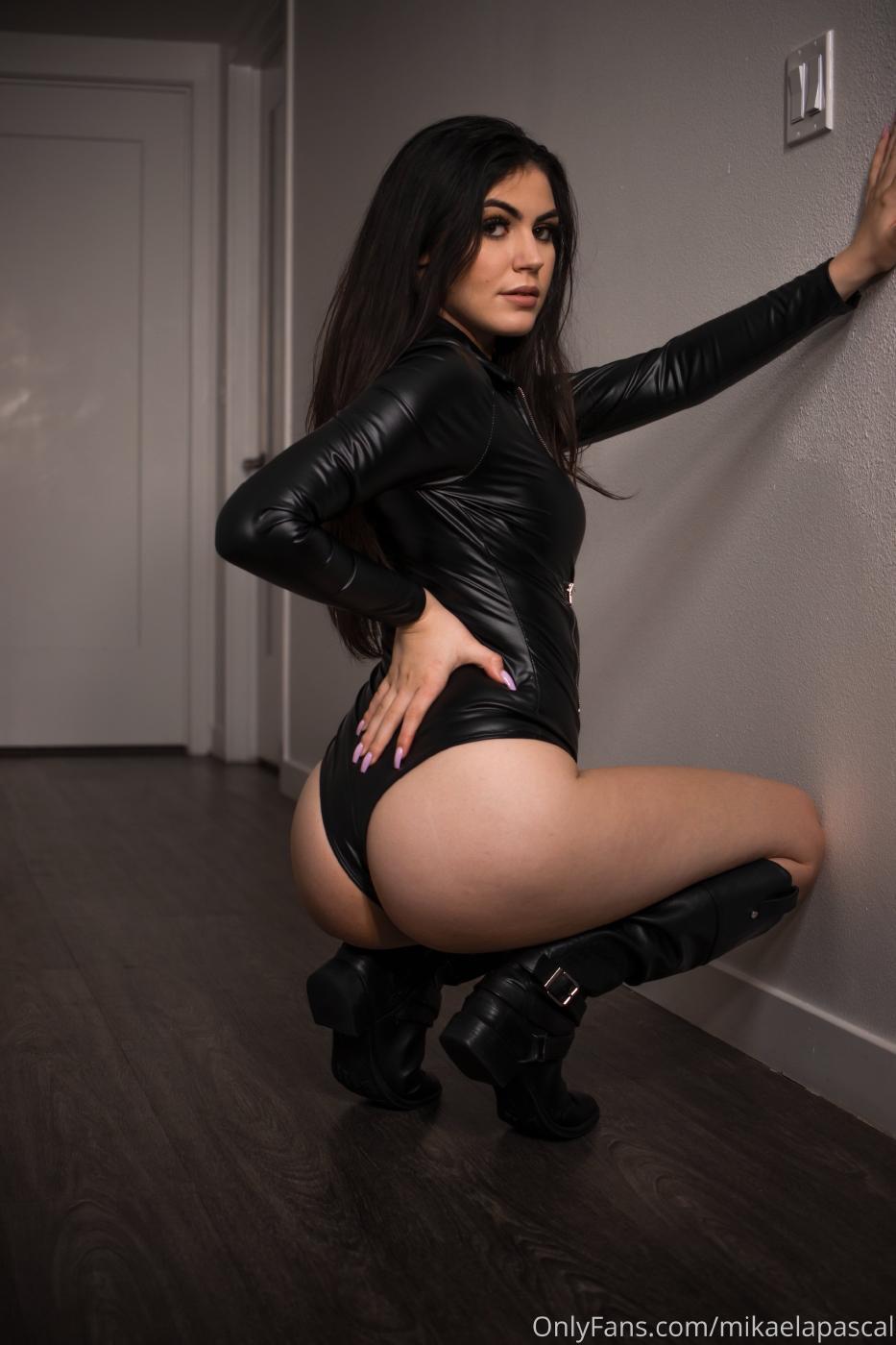 Mikaela Pascal Sexy Leather Bodysuit Onlyfans Set Leaked 0023