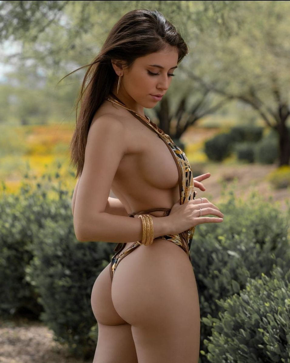 Violet Summers Nude Leaked Photos 0040