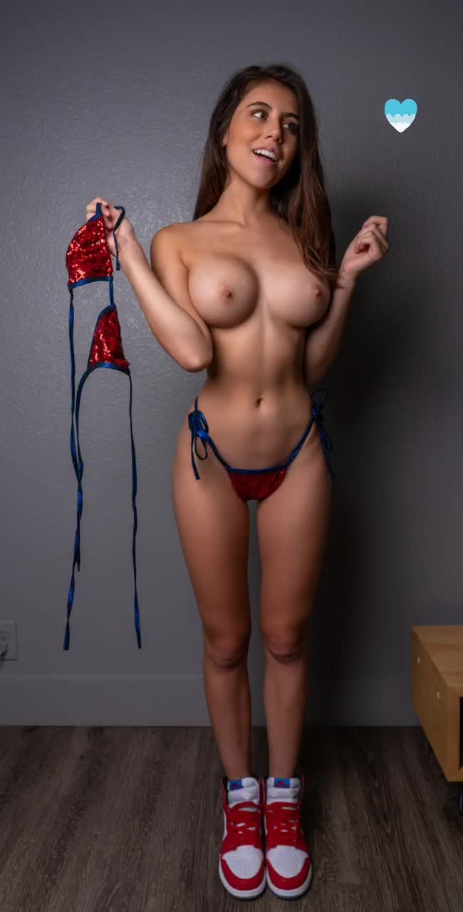Violet Summers Nude Leaked Photos 0047