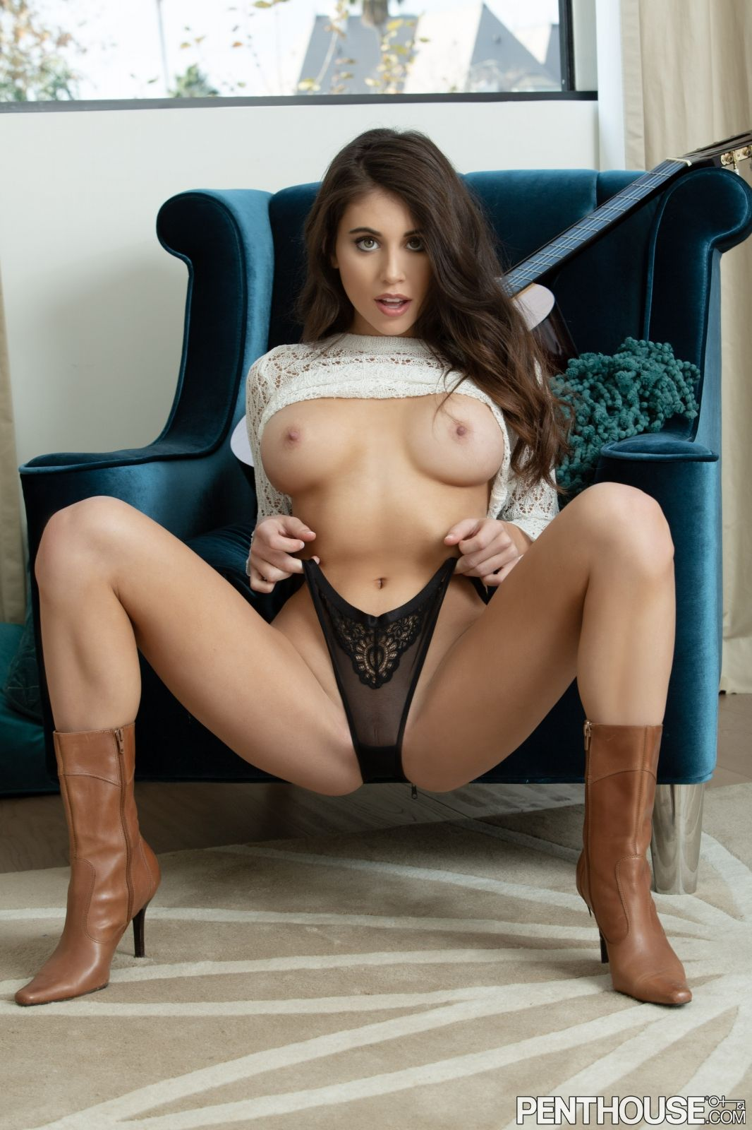 Violet Summers Nude Leaked Photos 0176