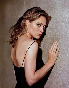 0226175619844 000 Claire Forlani Nude Naked Sexy Topless 8 T