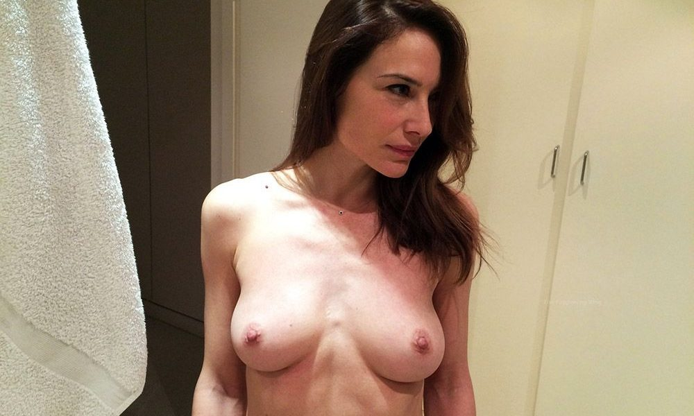 0226175619844 002 Claire Forlani Nude Naked Topless Porn 1 T