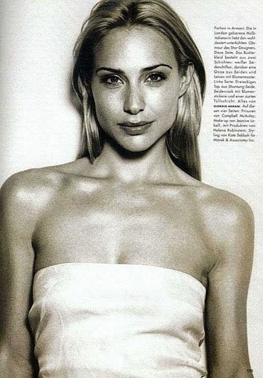 0226175619844 049 Claire Forlani Nude Naked Sexy Topless 31