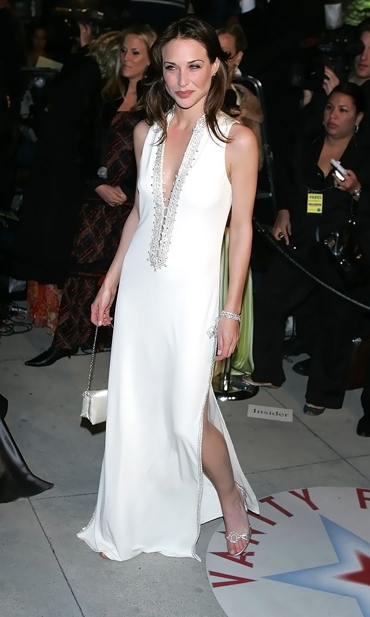 0226175619844 089 Claire Forlani Feet Hot Sexy Cleavage 17 T