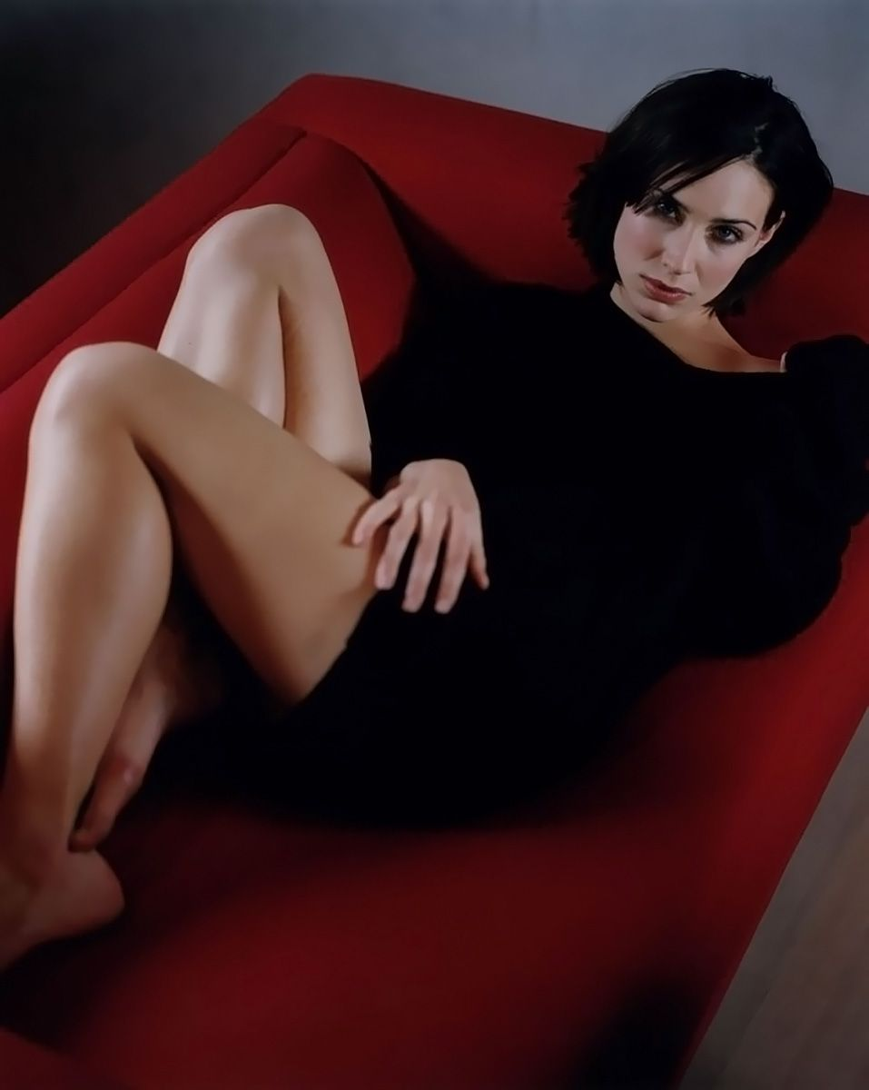 0226175619844 109 Claire Forlani Feet Hot Sexy Cleavage 38 T
