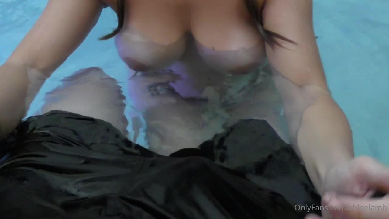 Chloe Lamb Nude Leaked Onlyfans 0007
