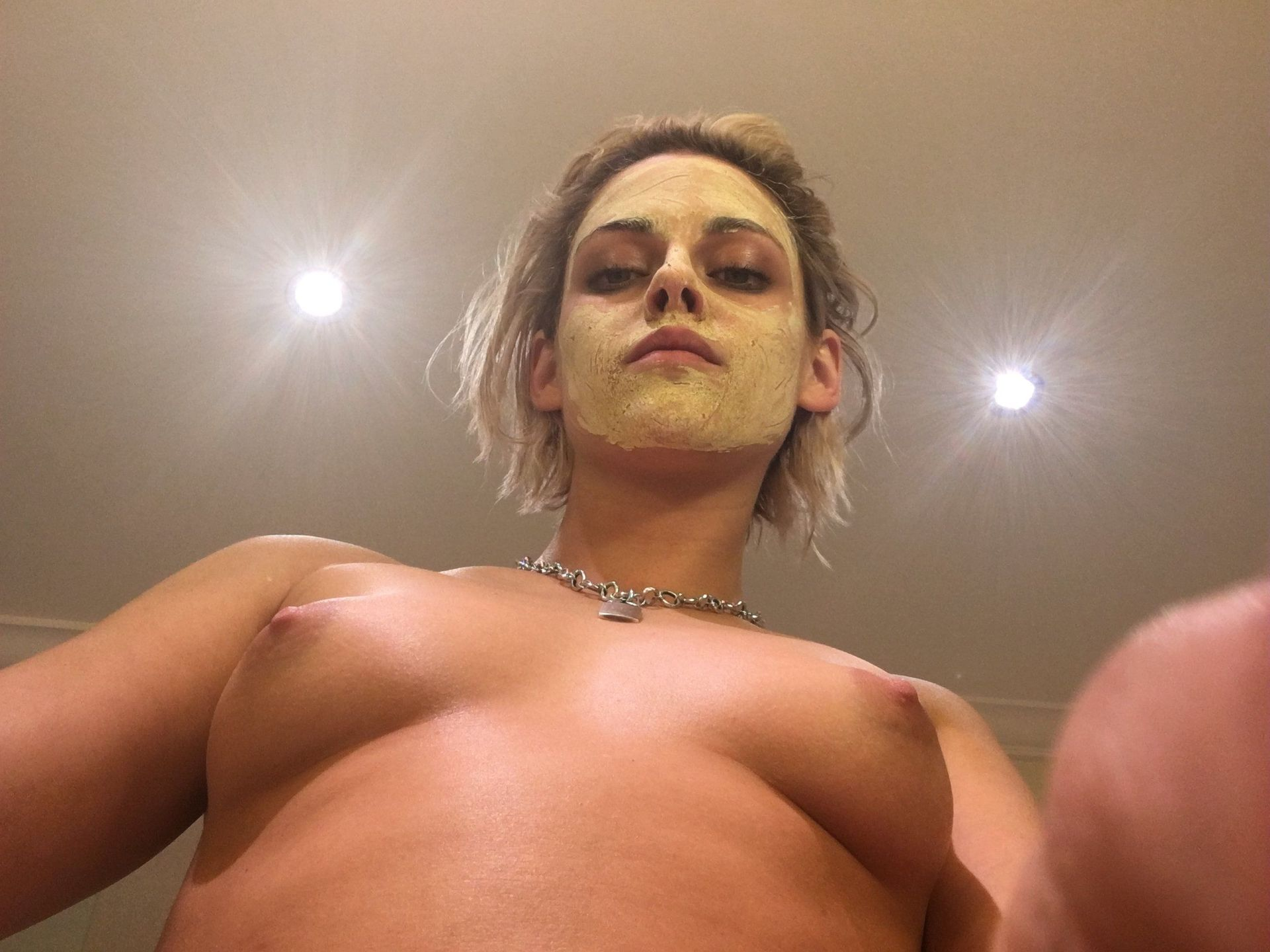 Kristen Stewart Nude Leaked The Fappening Complete Collection 0074