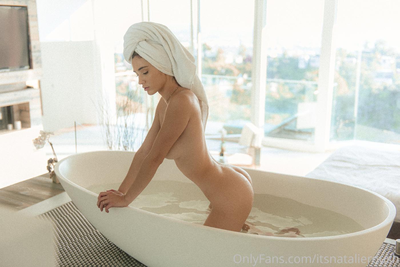 Natalie Roush Nude Bath Onlyfans Set Leaked 0002