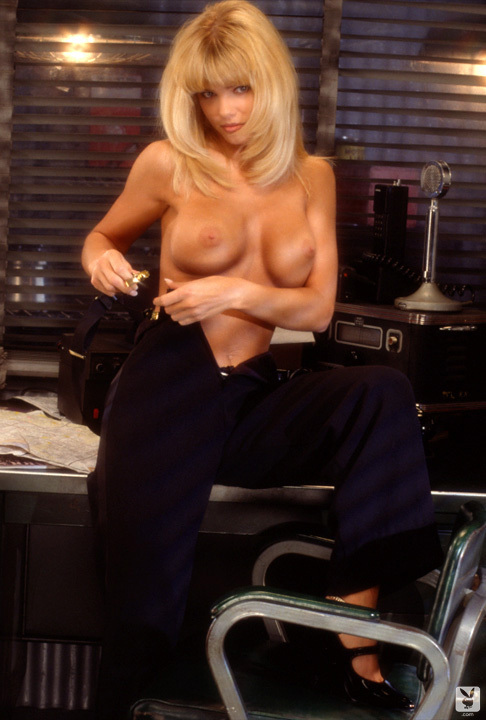 Playmate Of The Month September 1995 Donna D'errico 0026