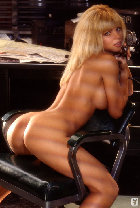 Playmate Of The Month September 1995 Donna D'errico 0038