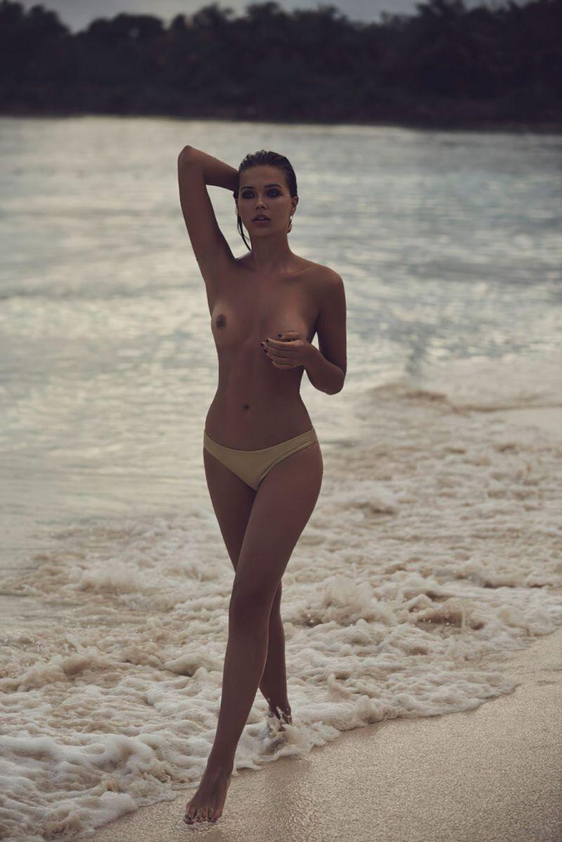 Sandra Kubicka Nude Photo Collection 0002