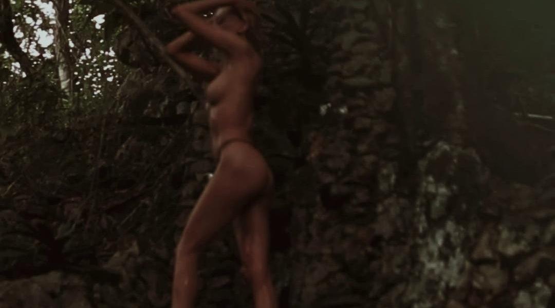 Kristen Hancher Nude Outdoor Shower Onlyfans Video Leaked