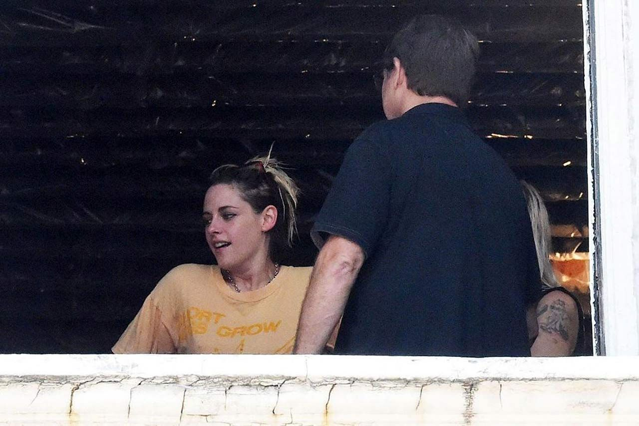 0303051210632 207 Kristen Stewart Dylan Meyer Sexy Hot Lesbi