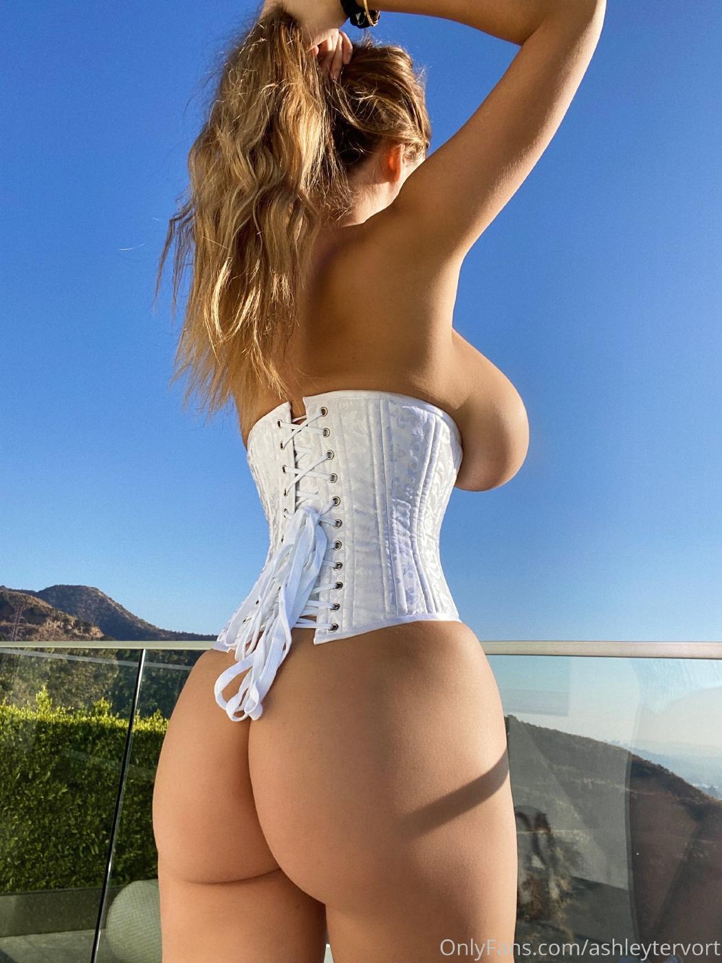 Ashley Tervort Topless Corset Onlyfans Set Leaked 0008