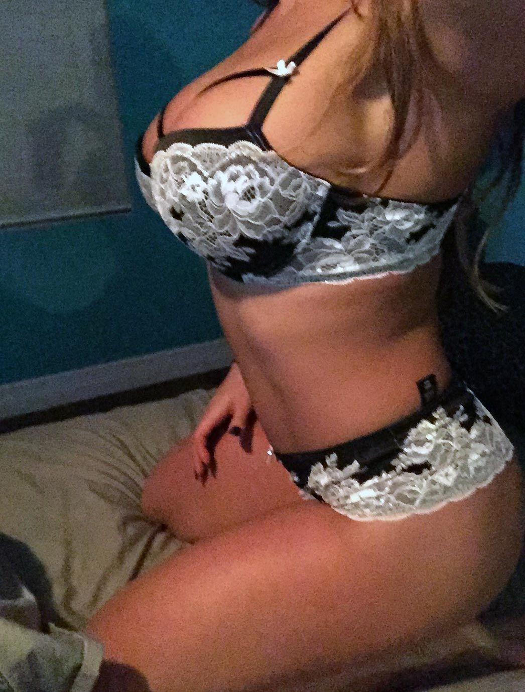 Celeste Bonin Nude Leaked The Fappening & Sexy 0253