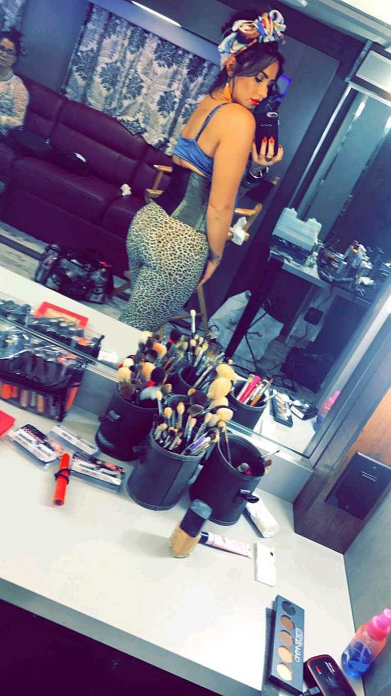 Demi Lovato Nude & Sexy 0077