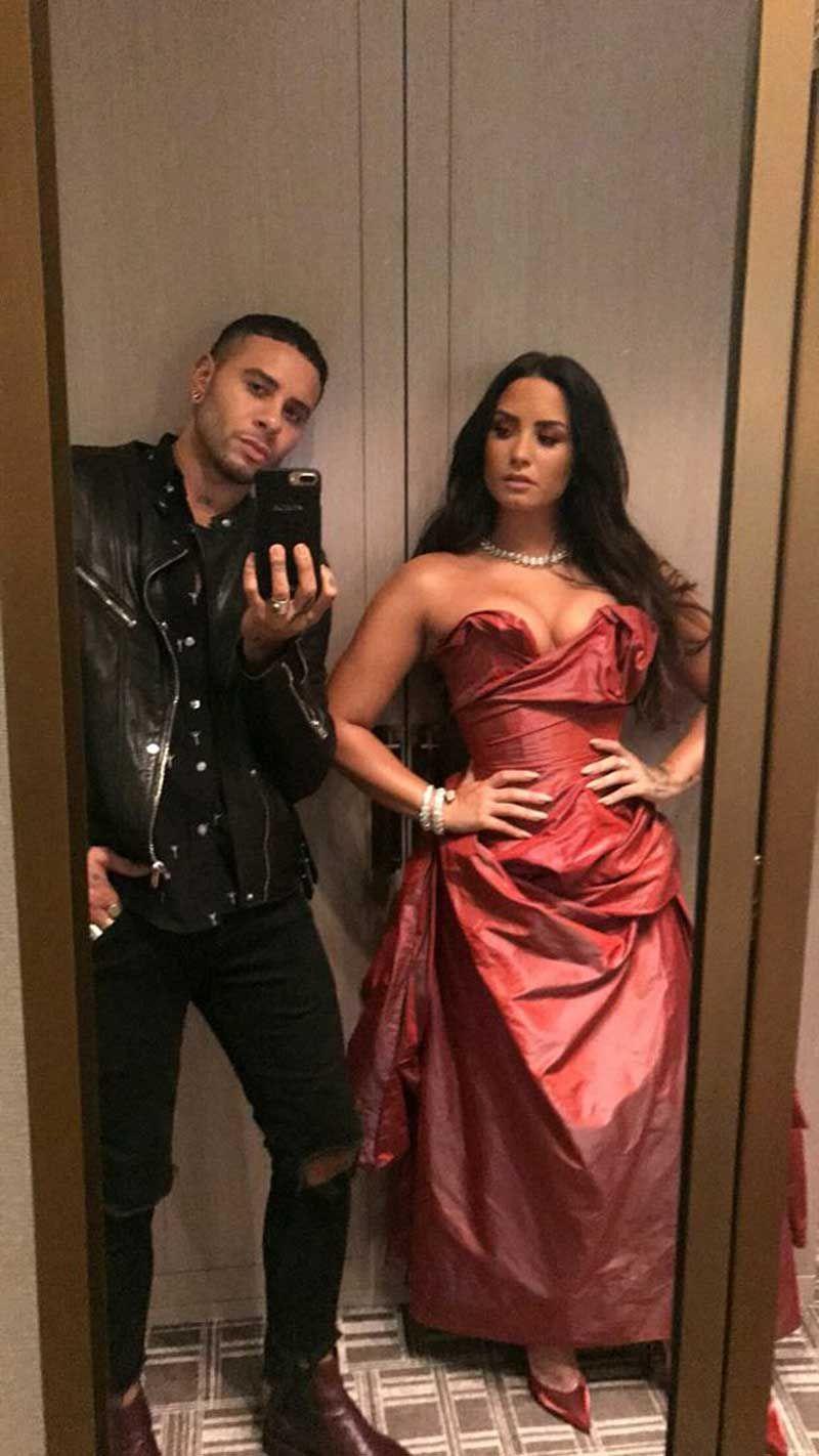Demi Lovato Nude & Sexy 0081