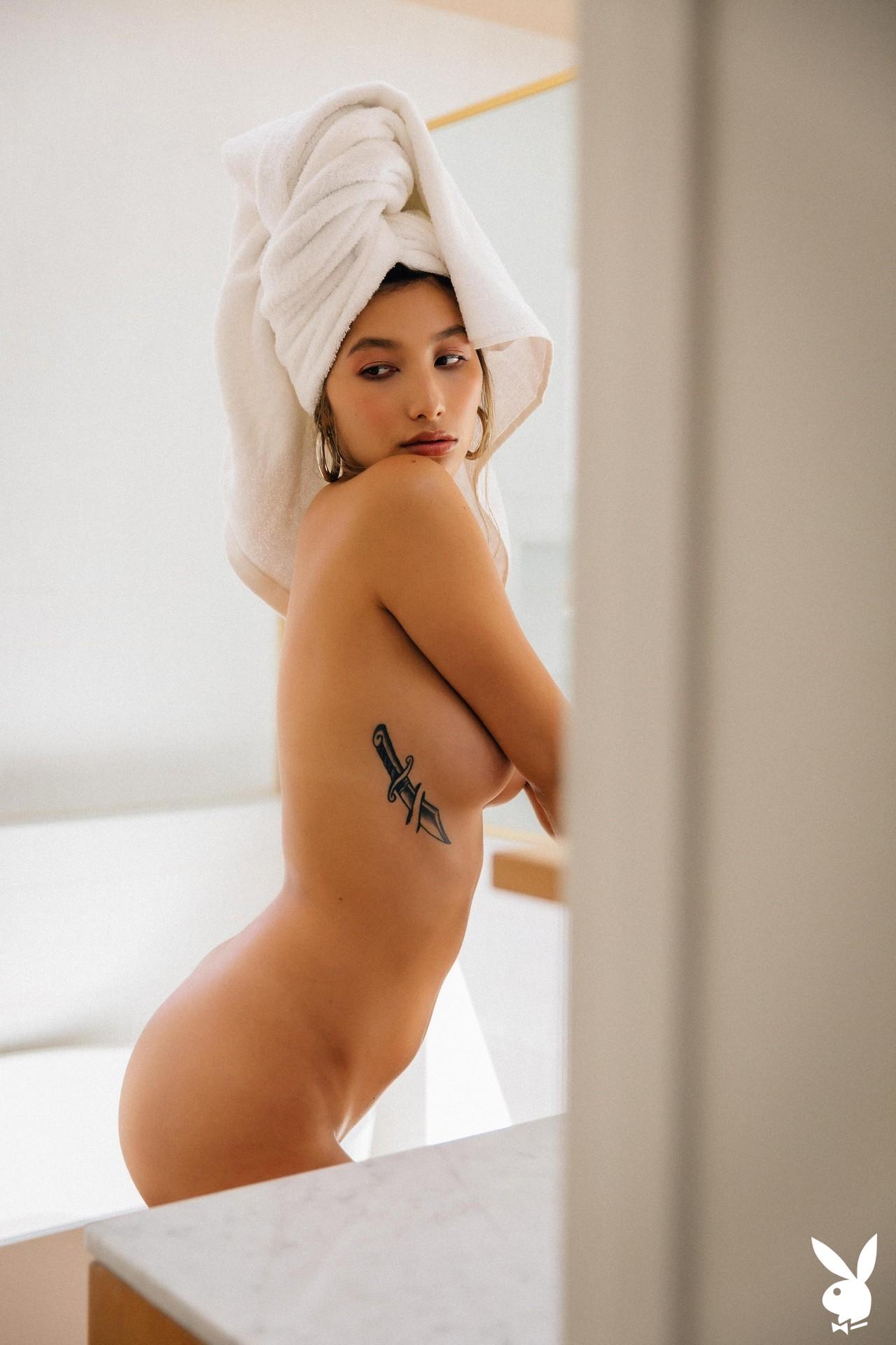 Dominique Lobito In En Suite Playboy Plus (21)