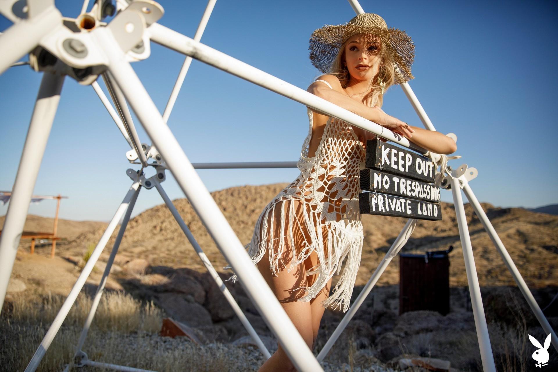 Emma Hix In Desert Sunset Playboy Plus (12)