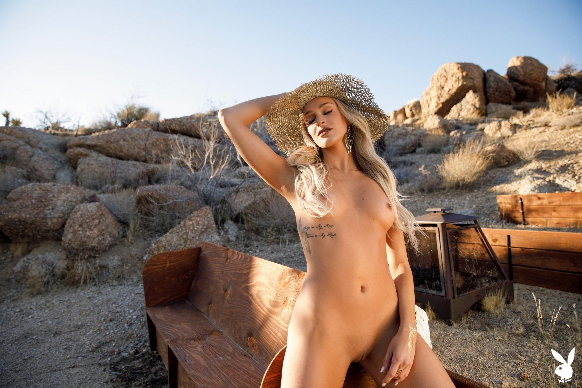 Emma Hix In Desert Sunset Playboy Plus (13)