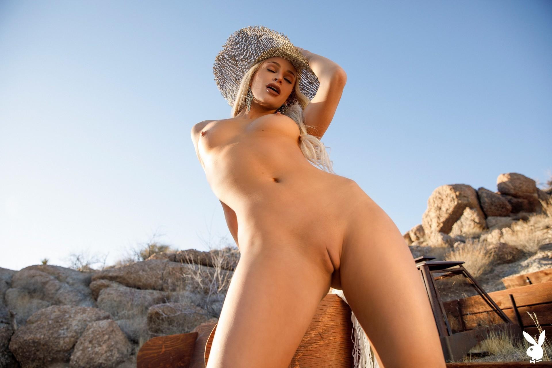 Emma Hix In Desert Sunset Playboy Plus (15)