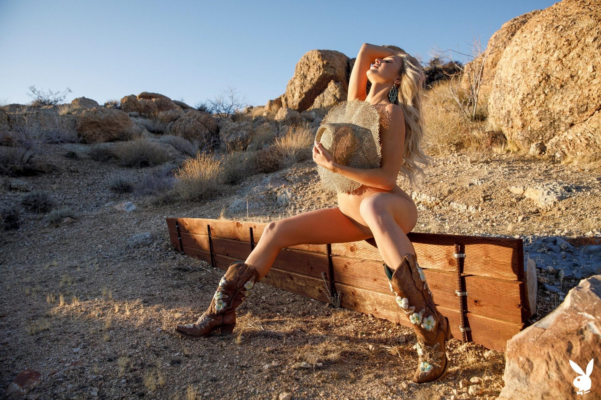 Emma Hix In Desert Sunset Playboy Plus (19)