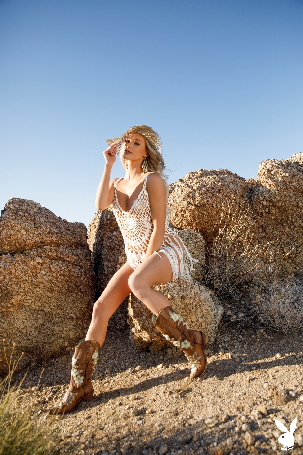 Emma Hix In Desert Sunset Playboy Plus (2)