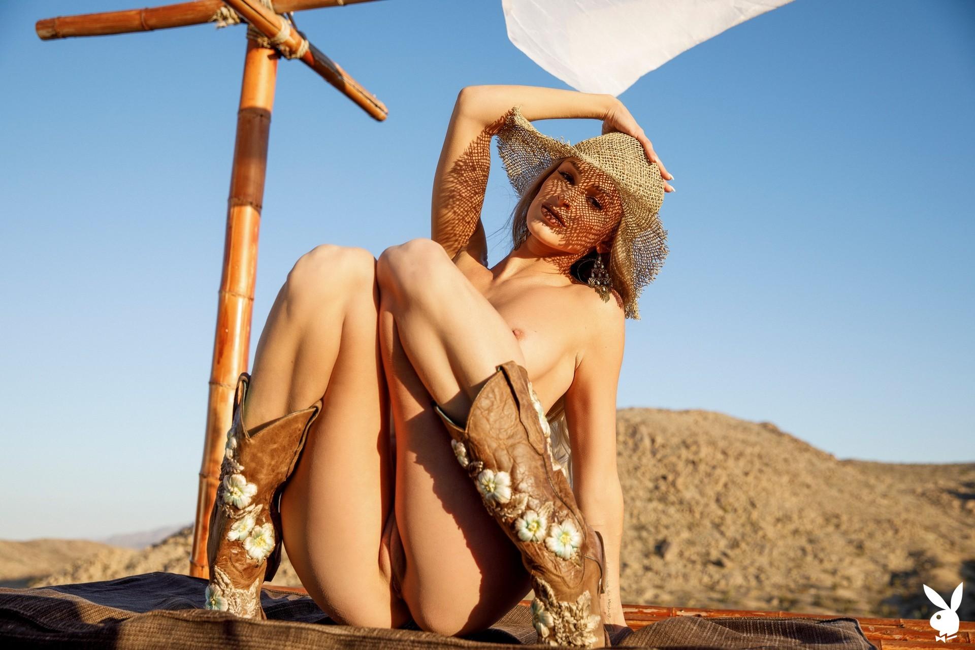Emma Hix In Desert Sunset Playboy Plus (31)