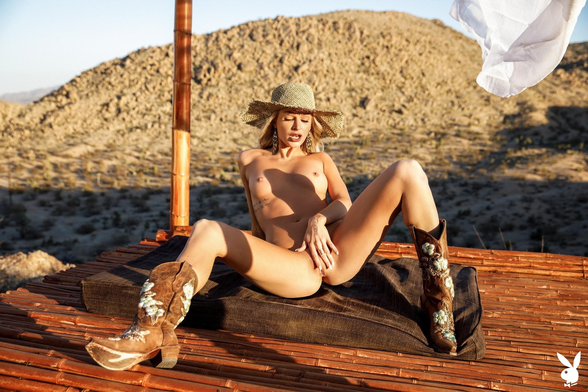 Emma Hix In Desert Sunset Playboy Plus (33)