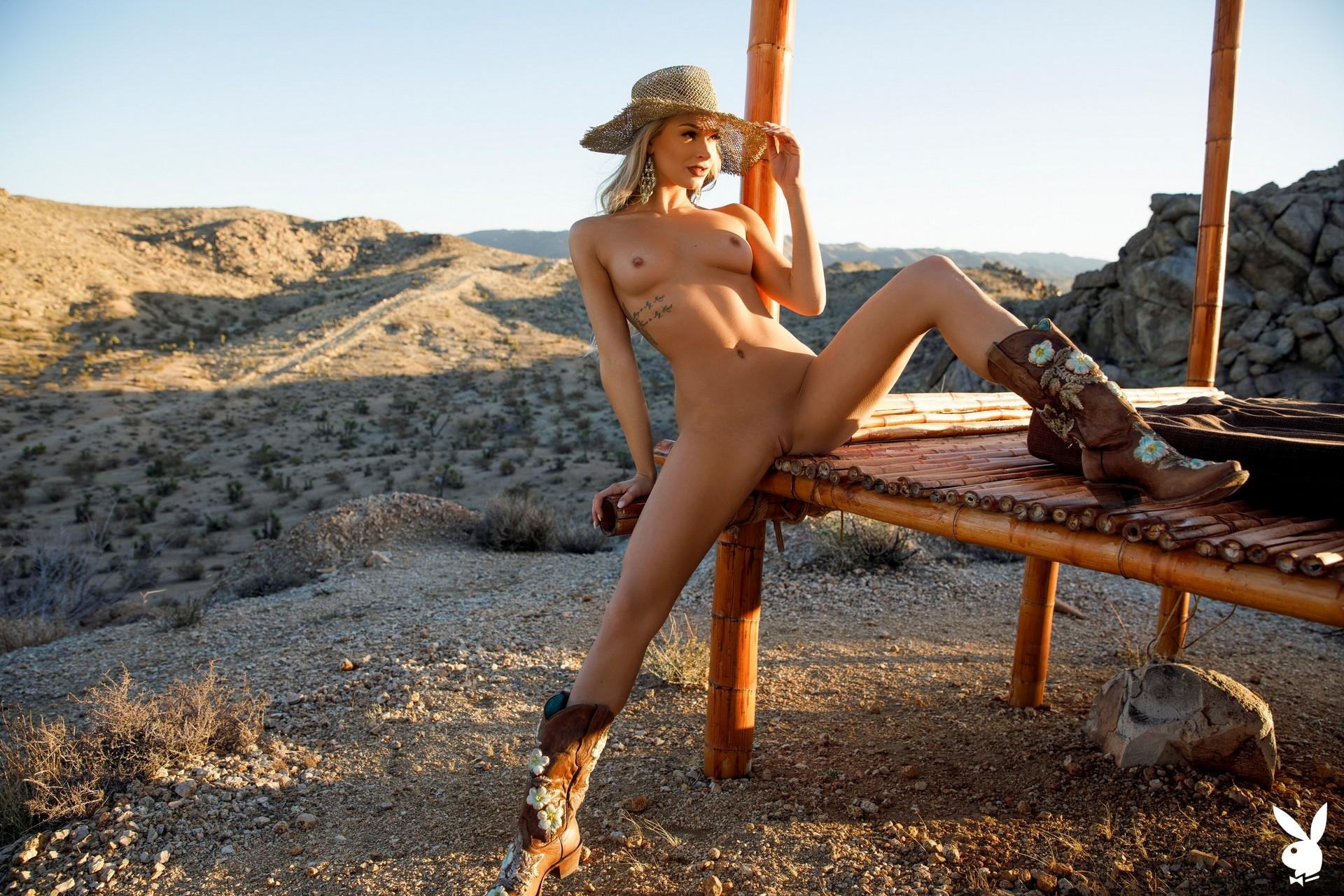 Emma Hix In Desert Sunset Playboy Plus (36)