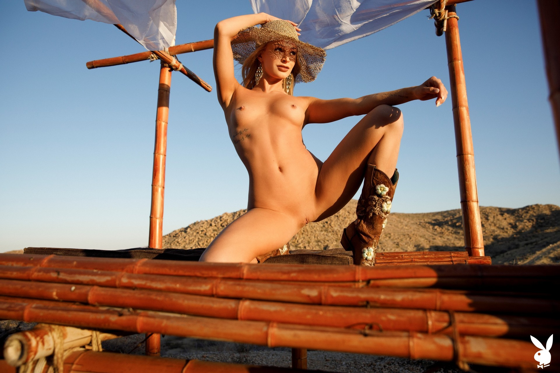 Emma Hix In Desert Sunset Playboy Plus (40)