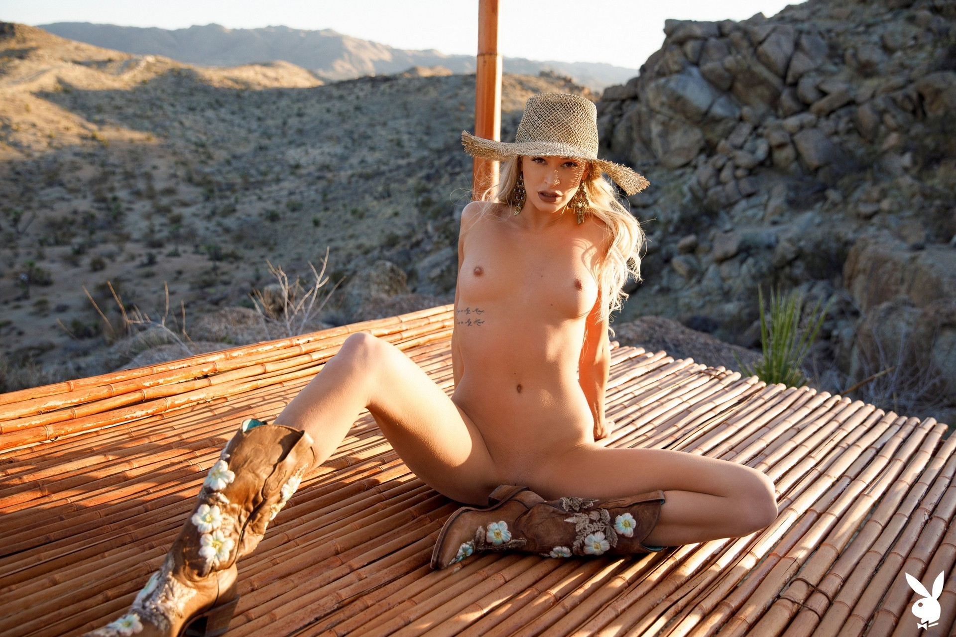 Emma Hix In Desert Sunset Playboy Plus (43)