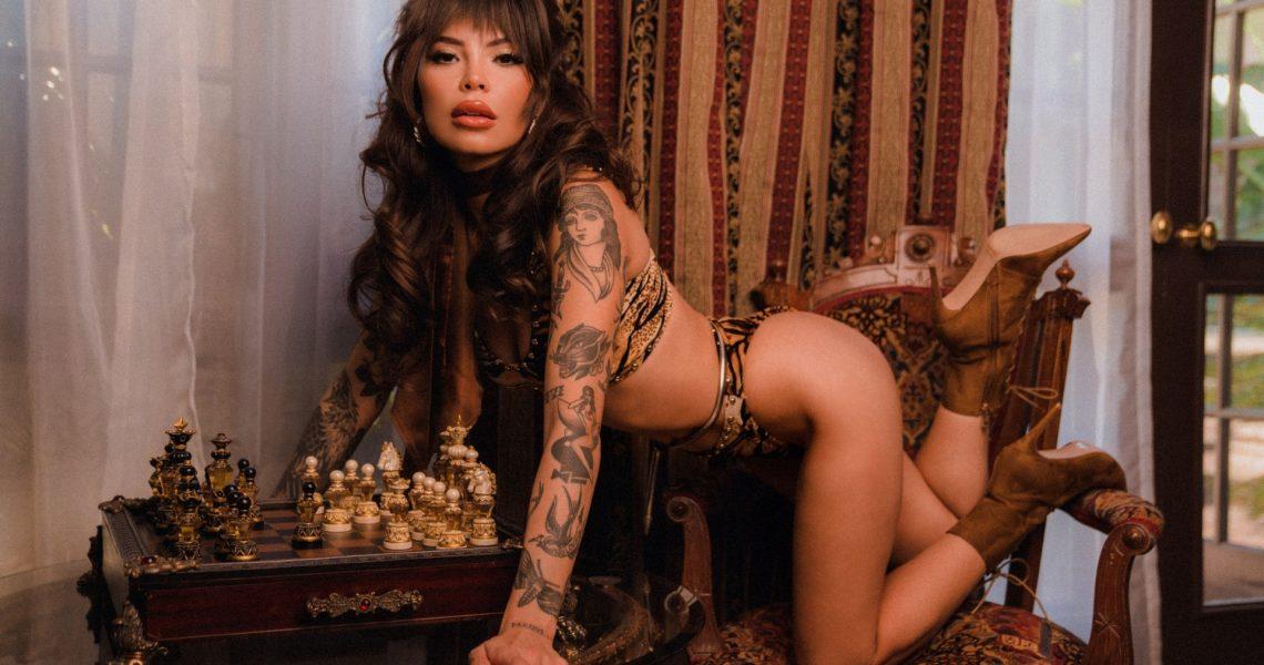 Emma Jade Is Wild Inside Playboy Plus (9)