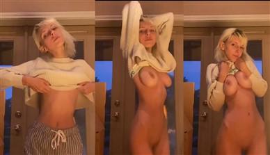 Hopelesssofrantic Nude Teasing Video Leaked