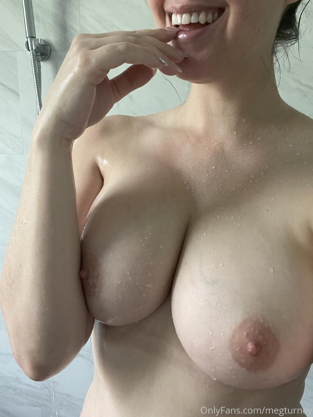 Meg Turney Extra Spicy Shower Candid Onlyfans Set Leaked 0002