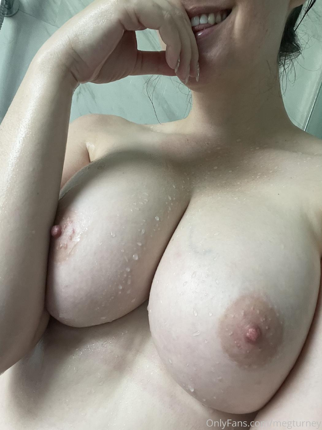 Meg Turney Extra Spicy Shower Candid Onlyfans Set Leaked 0008
