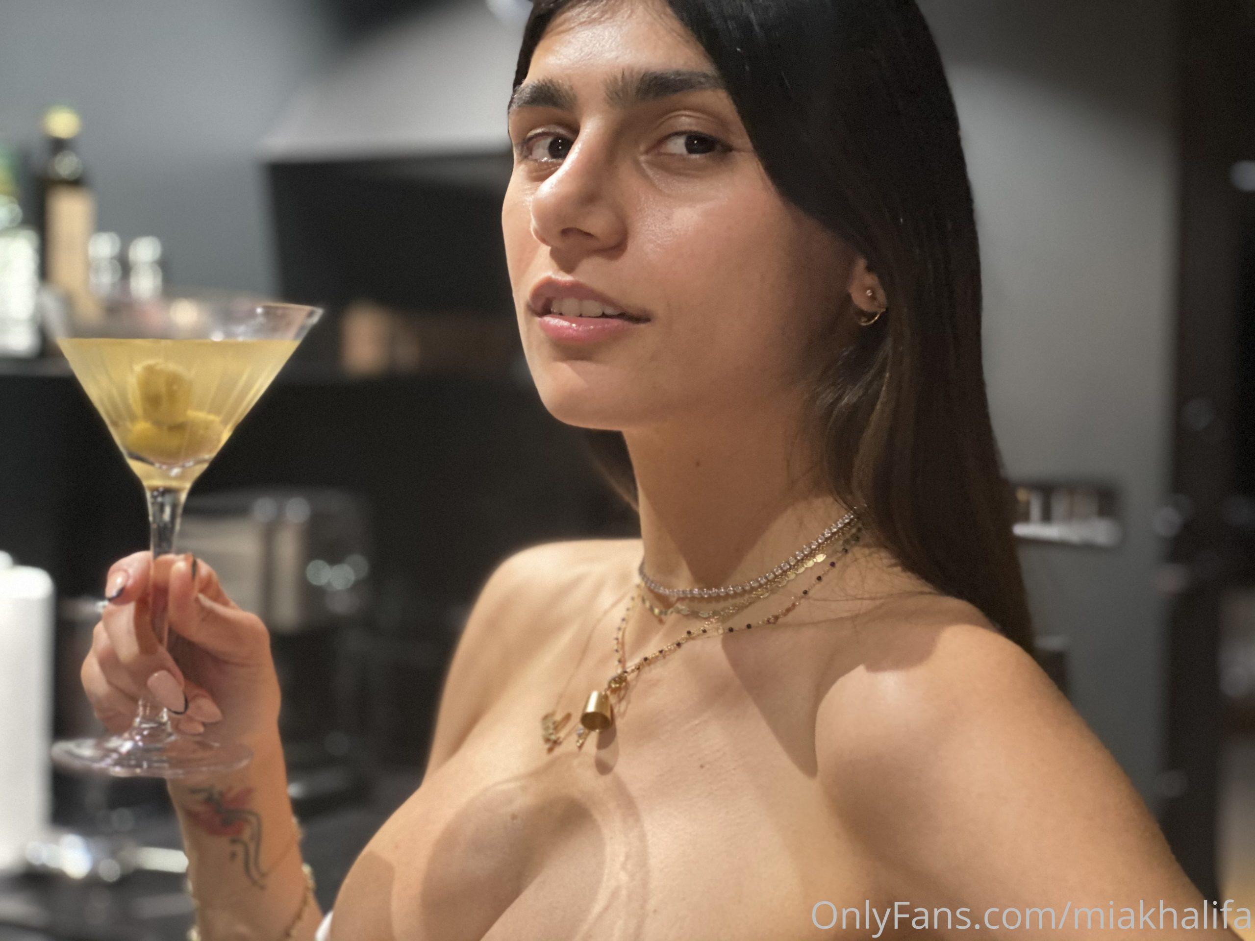 Mia Khalifa, Onlyfans, Patreon 0023