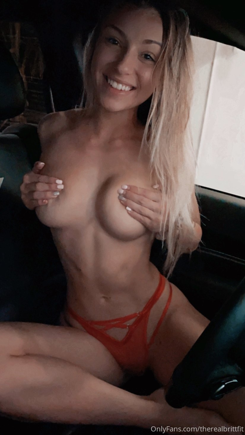 Onlyfans, Therealbrittfit, Nudes Leaked 0022