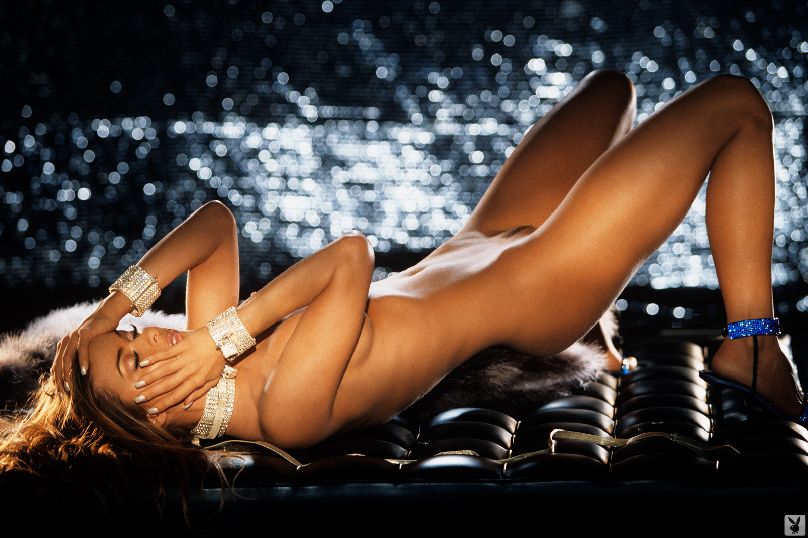 Super Model Carmen Electra Playboy Plus (9)