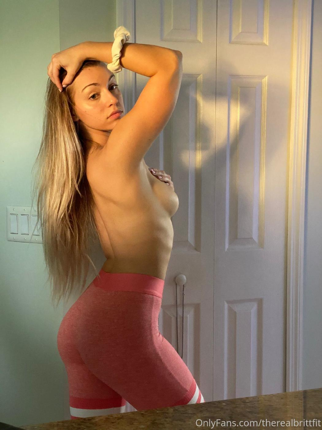 Therealbrittfit Nude Onlyfans Picture Set Leaked 0003