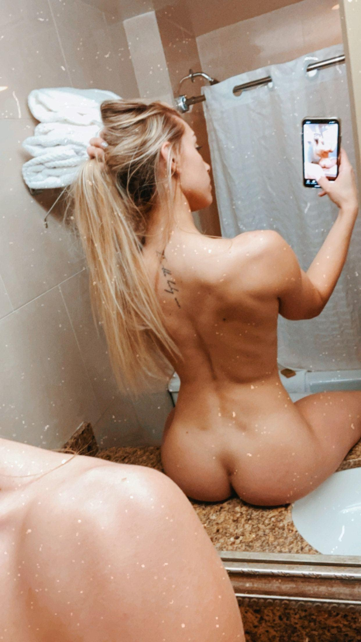 Therealbrittfit Nude Onlyfans Picture Set Leaked 0007