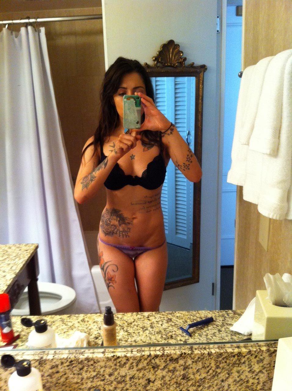 0419194836656 014 01 Sarah Shahi Nude Leaked Thefappeningblo