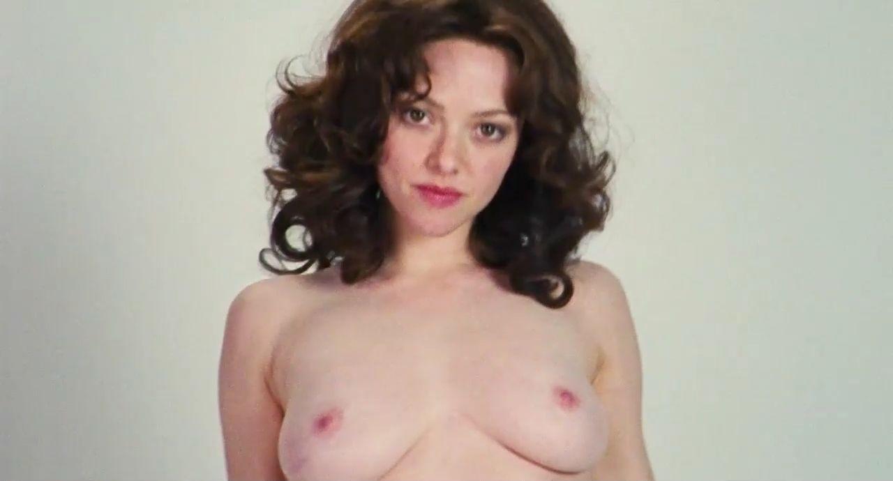 Amanda Seyfried Nude & Sexy 0097