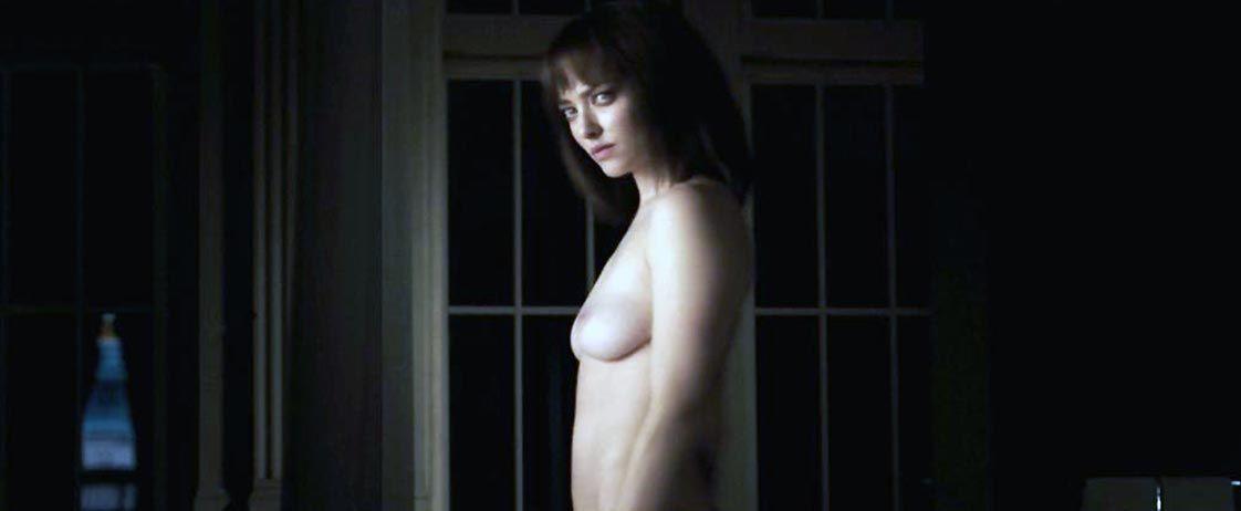 Amanda Seyfried Nude & Sexy 0119