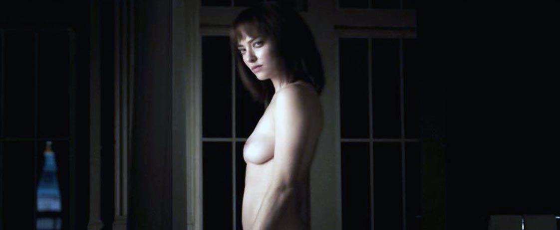 Amanda Seyfried Nude & Sexy 0123