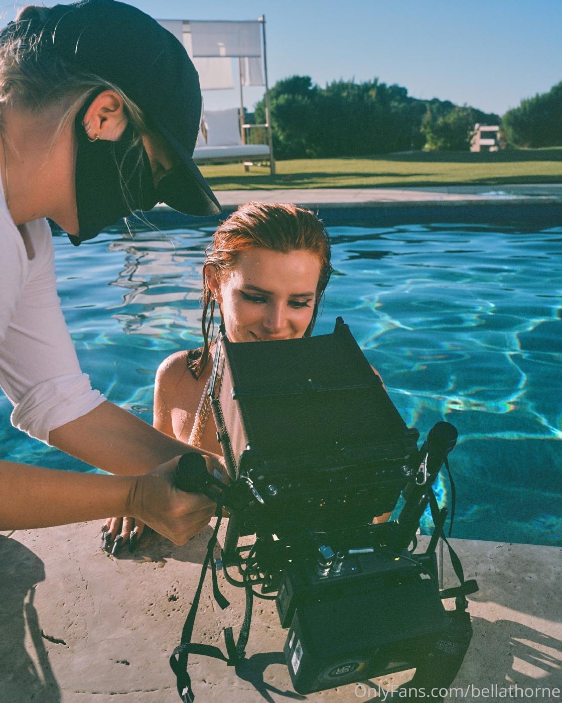 Bella Thorne Pool Bikini Onlyfans Set Leaked 0003