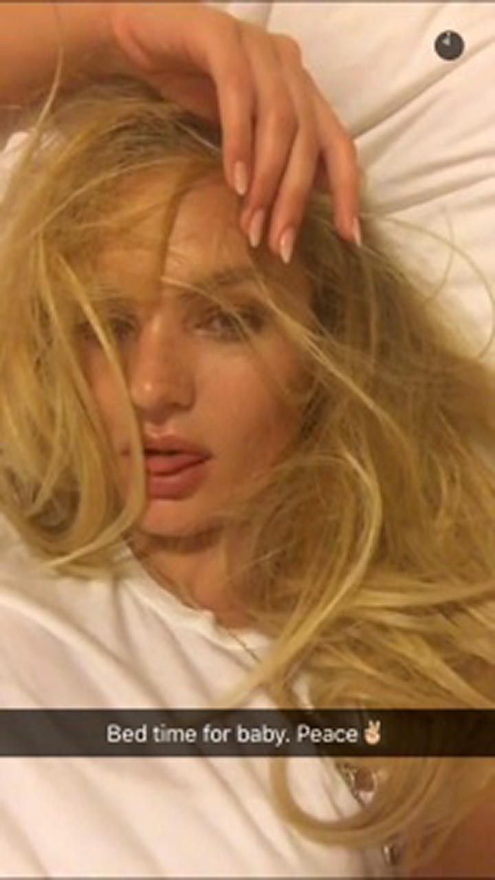 Candice Swanepoel Nude Leaked The Fappening & Sexy (9)