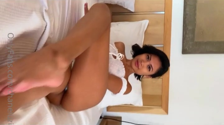 Chanel Uzi Nude Teasing Porn Video Leaked