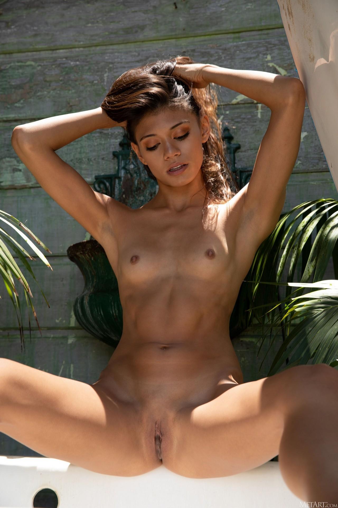 Hannah Le In Takeoff Playboy Plus (120)