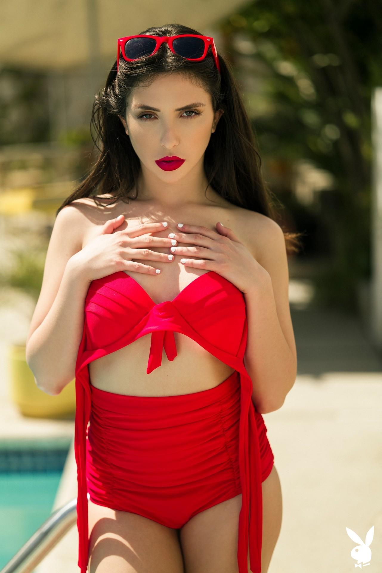 Jane Wilde In Conducting Heat Playboy Plus (8)